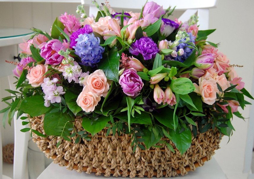 229250_basket-of-flowers_p